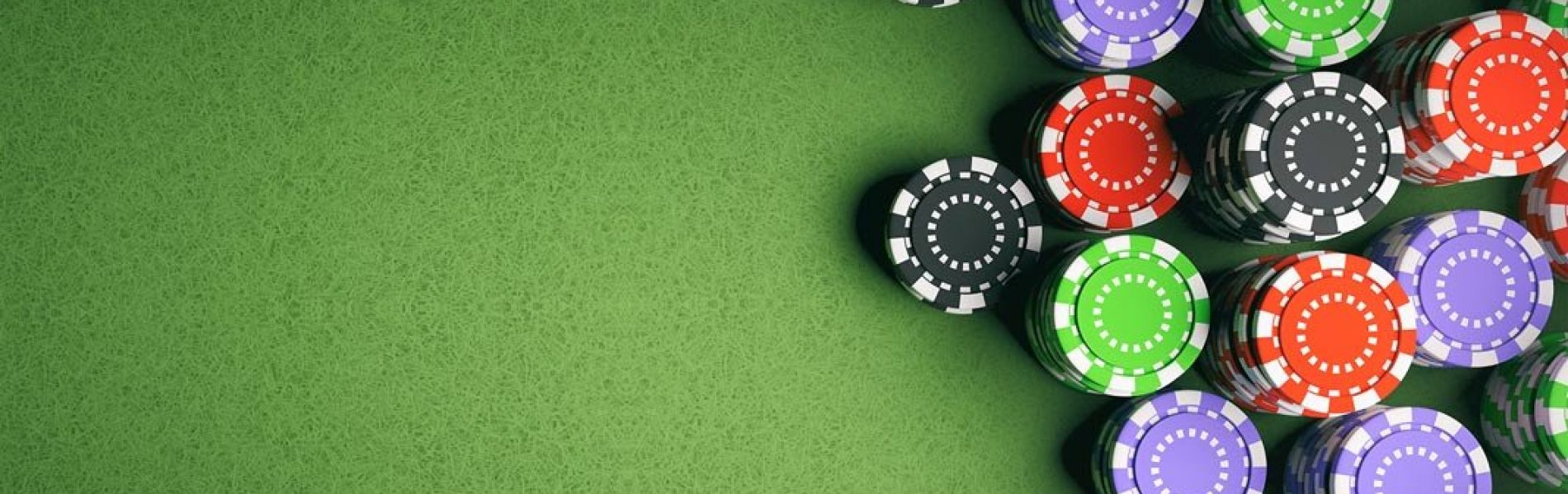 cropped-Casino-poker-chips-on-green-felt-background-artificial-intelligence-shutterstock-658269847-1068×601.jpg