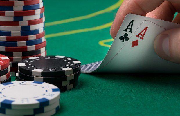 Regulators Cast Doubt on Timing of Michigan Online Poker Launch